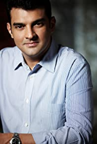 Primary photo for Siddharth Roy Kapur