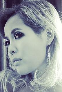 Brinna Kelly Picture