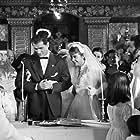 Theodoros Dimitriou and Gely Mavropoulou in I theia apo to Chicago (1957)