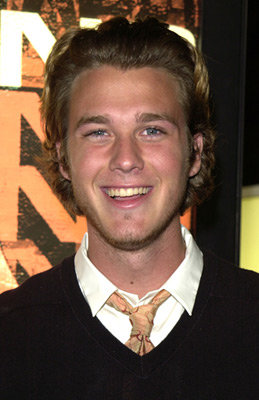 Eric Lively Apart from blake, he has siblings named lori, robyn and jason. eric lively