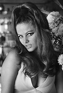 Claudia Cardinale Picture