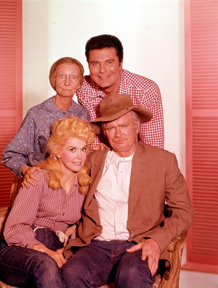 Buddy Ebsen Max Baer Jr Donna Douglas and Irene Ryan in The Beverly Hillbillies 1962