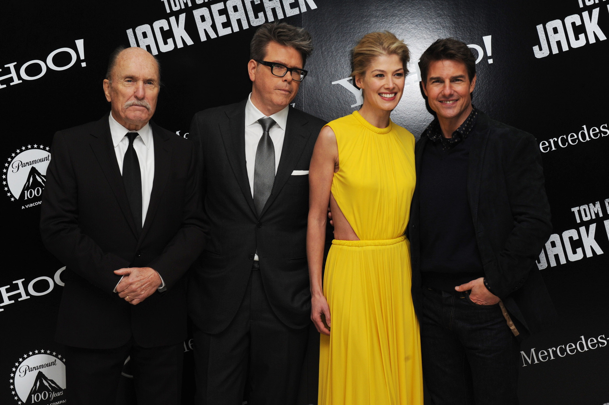 Tom Cruise, Robert Duvall, Christopher McQuarrie, and Rosamund Pike at an event for Jack Reacher (2012)