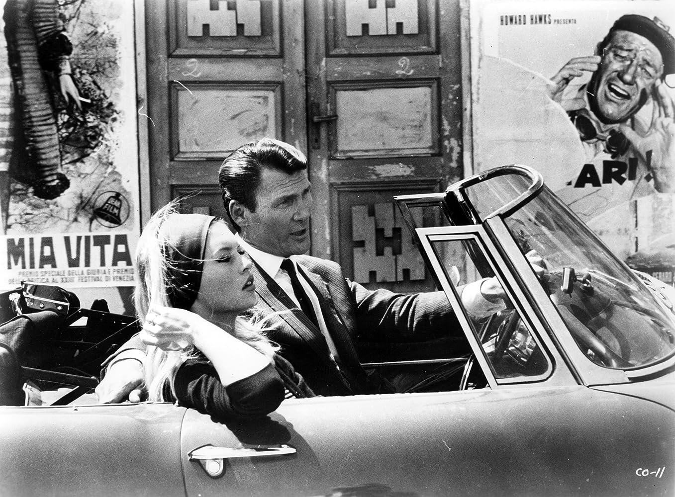Brigitte Bardot and Jack Palance in Le mépris (1963)