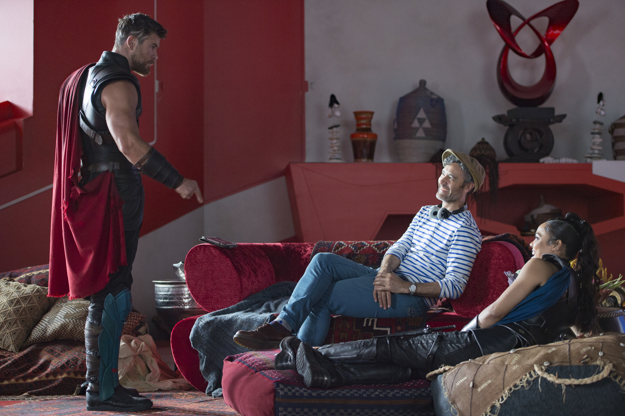 Taika Waititi, Chris Hemsworth, and Tessa Thompson in Thor: Ragnarok (2017)