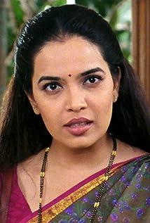 Shilpa Tulaskar Picture