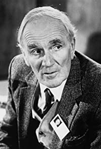 Primary photo for Desmond Llewelyn