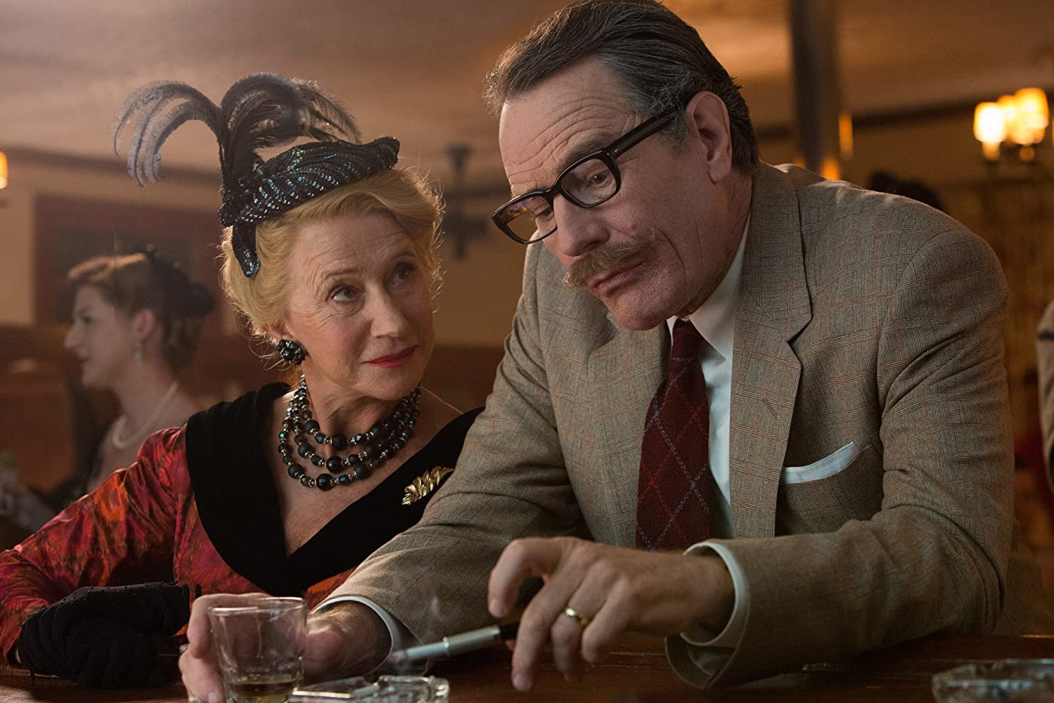 Helen Mirren and Bryan Cranston in Trumbo (2015)