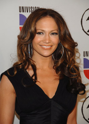 Jennifer Lopez at an event for The 48th Annual Grammy Awards (2006)