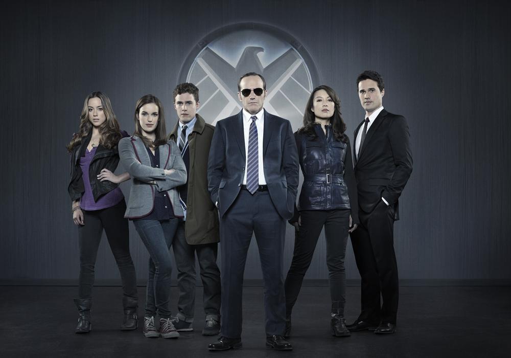 Ming-Na Wen, Clark Gregg, Iain De Caestecker, Brett Dalton, Chloe Bennet, and Elizabeth Henstridge in Agents of S.H.I.E.L.D. (2013)