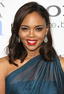 Sharon Leal Picture
