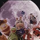 (L to R) Fozzie, Kermit, Miss Piggy, Rizzo, Gonzo & Animal