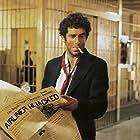 Elliott Gould in The Long Goodbye (1973)