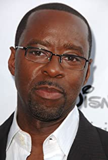 Courtney B. Vance Picture