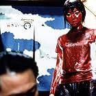 Jisatsu sâkuru (2001)