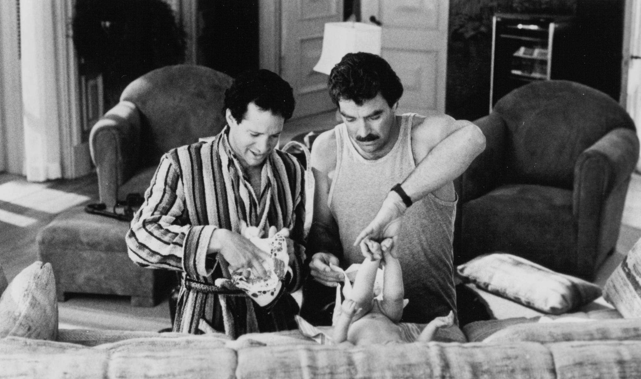 Steve Guttenberg, Tom Selleck, Lisa Blair, and Michelle Blair in 3 Men and a Baby (1987)