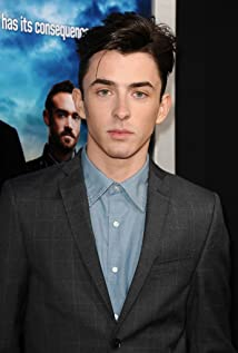 Matthew Beard Picture