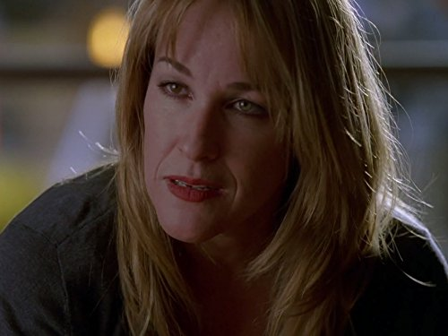 Kathleen Wilhoite in Without a Trace (2002)