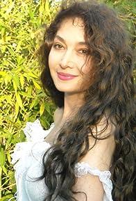 Primary photo for Nazan Saatçi