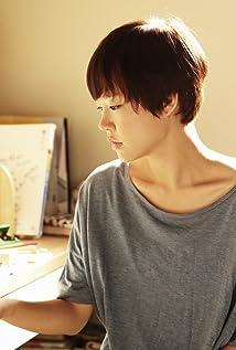 Ye-ri Han Picture