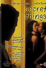 Coralie Revel and Sabrina Seyvecou in Choses secrètes (2002)