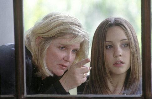 Amanda Bynes and Dennie Gordon in What a Girl Wants (2003)