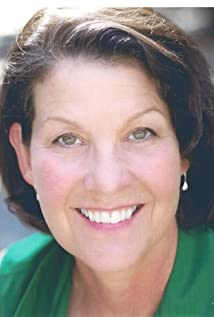 Hayden Saunier Picture