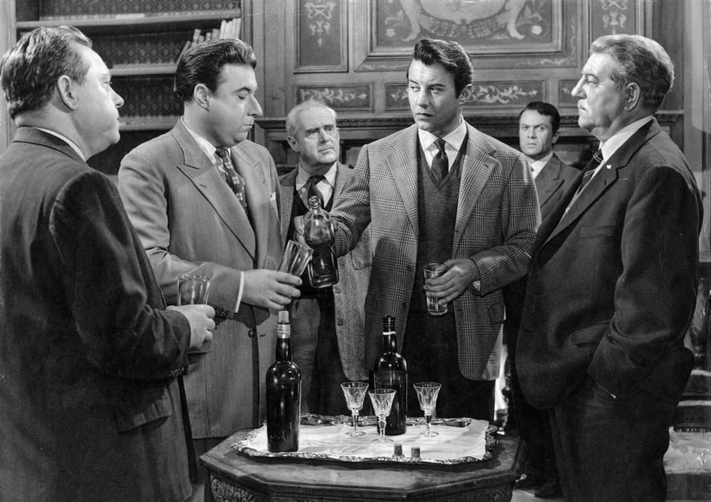 Maigret et l'affaire Saint-Fiacre (1959) Online Subtitrat in Romana