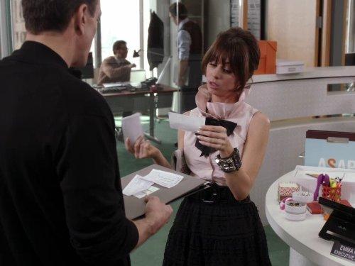 Natasha Leggero in Free Agents (2011)