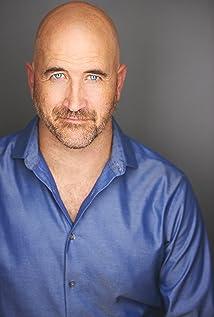 Travis Mitchell Picture