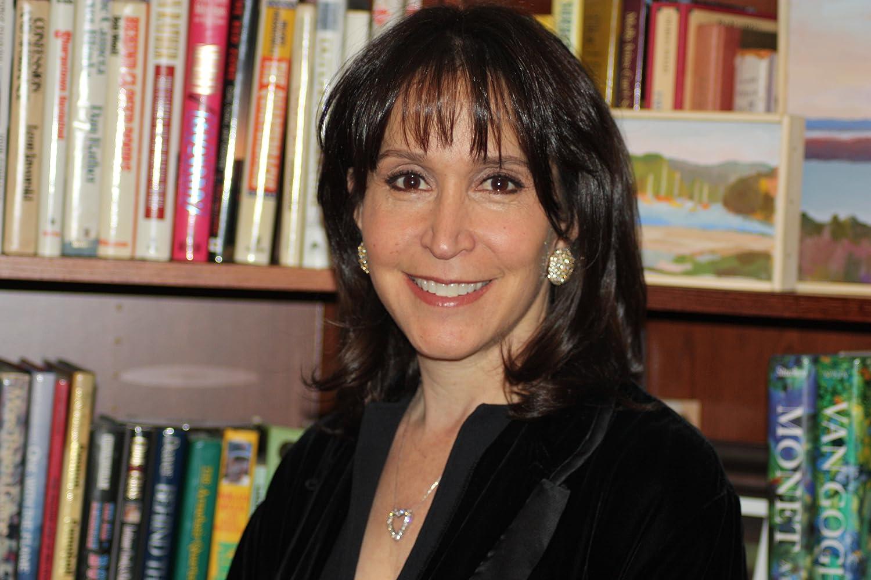 Gina Hecht