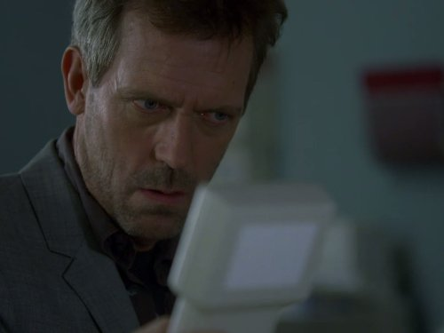 Doctor House 5×18 – Aquí gatito