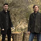 Robert Carlyle and Colin O'Donoghue in Once Upon a Time (2011)
