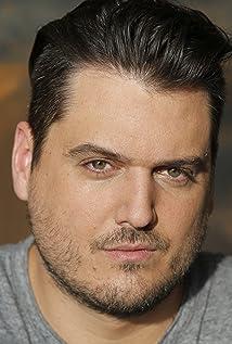 Daniel Holechek Picture
