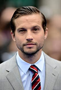 Logan Marshall-Green Picture