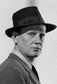 Primary photo for Wendell Corey