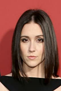 Shannon Woodward Picture