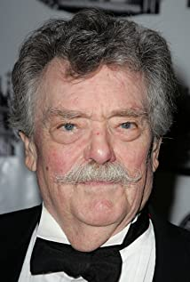 Bernard Fox Picture