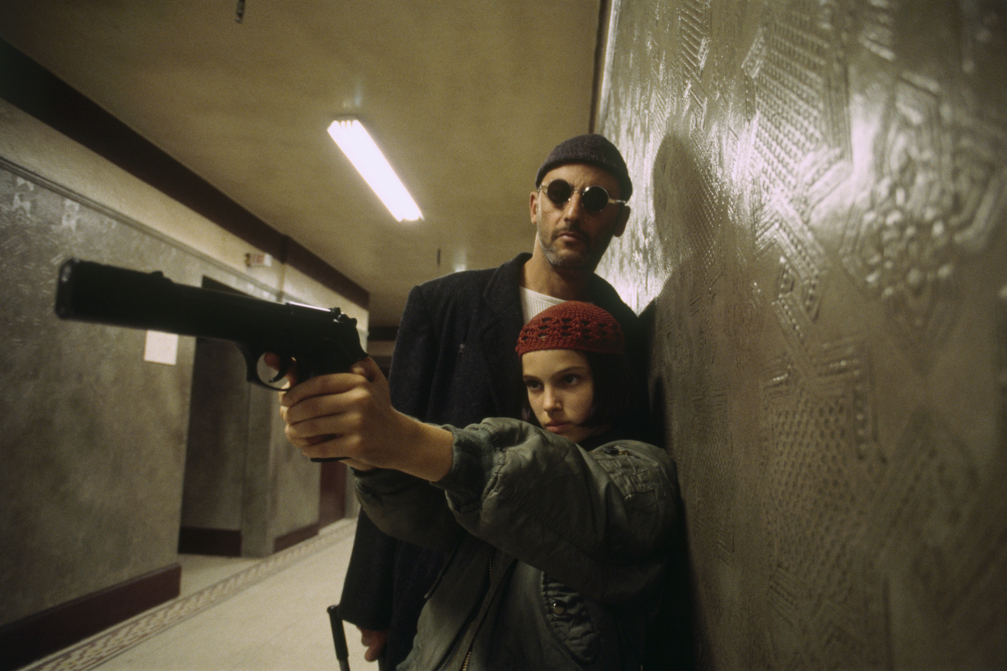 Natalie Portman and Jean Reno in Léon (1994)