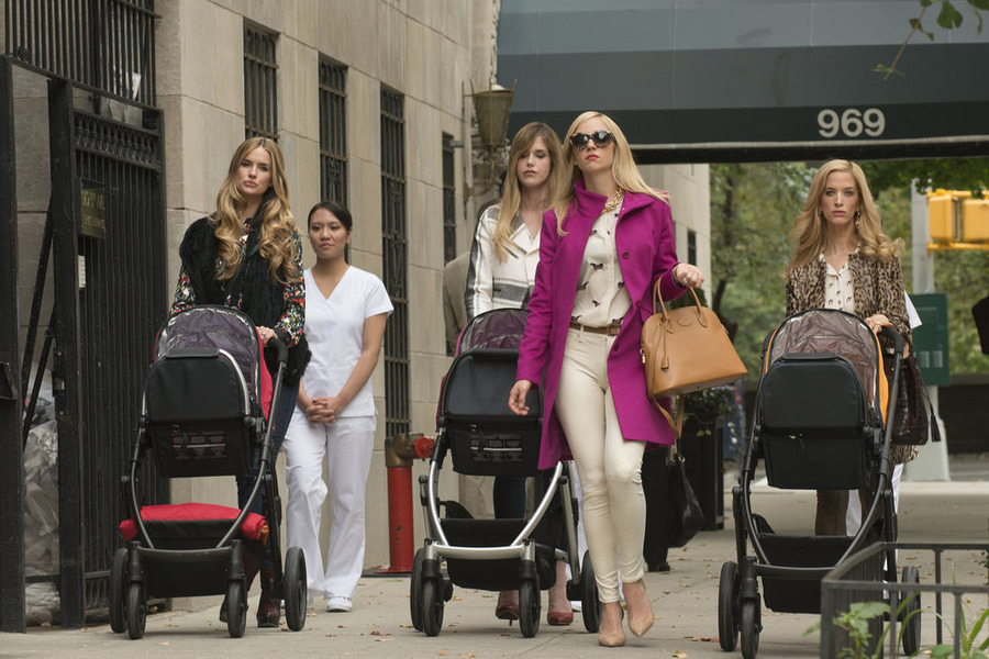 Abby Elliott, Ilana Becker, Byrdie Bell, and Alice Callahan in Odd Mom Out (2015)