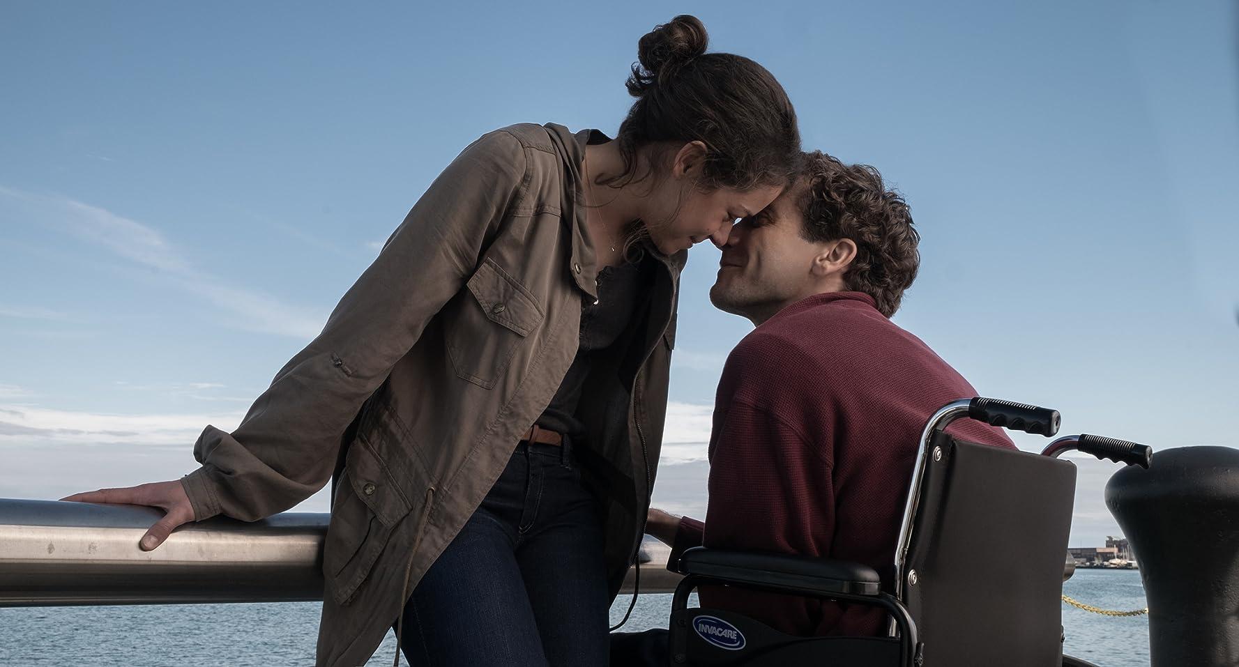 Jake Gyllenhaal and Tatiana Maslany in Stronger (2017)