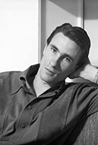 Primary photo for Bill Medley