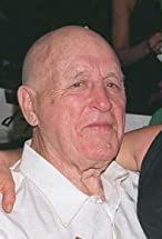 Lawrence Tierney's primary photo