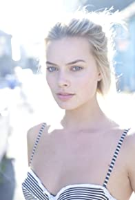 Primary photo for Margot Robbie