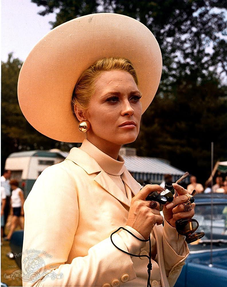 Faye Dunaway in The Thomas Crown Affair (1968)