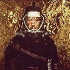 Dustin Hoffman in Sphere (1998)
