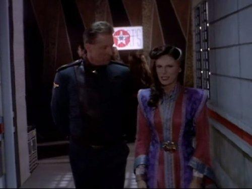 Bruce Boxleitner and Mira Furlan in Babylon 5 (1993)