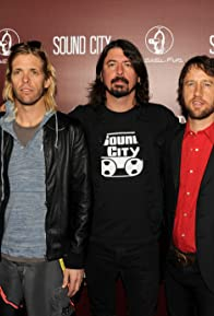 Primary photo for Foo Fighters