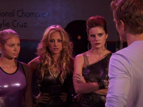 Chelsea Hobbs, Ayla Kell, and Cassandra Scerbo in Make It or Break It (2009)