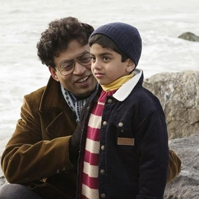 Irrfan Khan and Soham Chatterjee in The Namesake (2006)